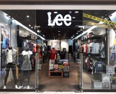 Lee Jeans Survey store